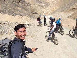 Moutain Bike Afghanistan Moutain Bikers